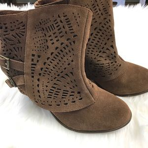 Naughty Monkey Size 8.5 Brown Slip On Ankle Boots